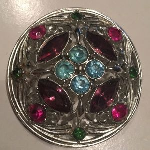 "💜 "" VINTAGE "" SARAH COVENTRY BROOCH 💜"